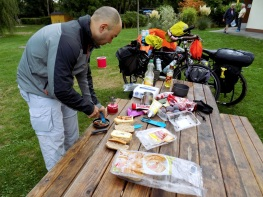 camping_kitchen9